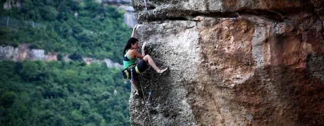 Marieta Cartró es una de tantas escaladora fanáticas de Cataluña, tanto en la roca como en competiciones de escalada, en el siguiente video Marieta da […]